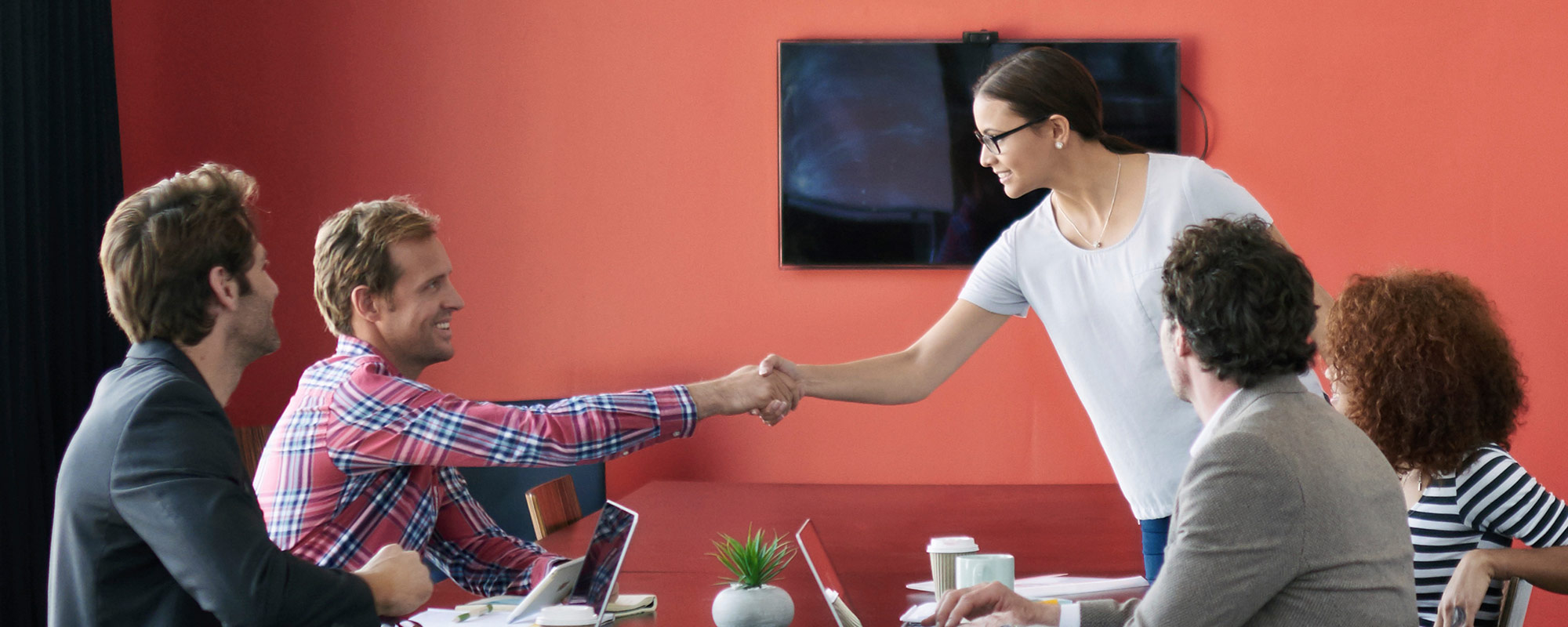 Innasol Sales Team Welcome New Employee